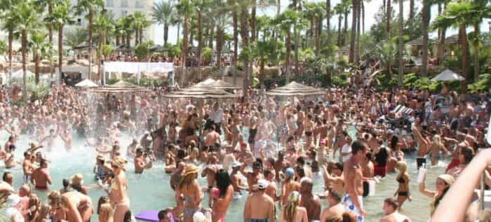 san diego hotlimos,vegas pool party,group transportation,one way,two way,san diego to vegas,packages